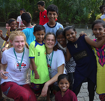 Felsted students with children from Mumbai